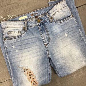 KUT jeans Allie crop boyfriend feather size 2
